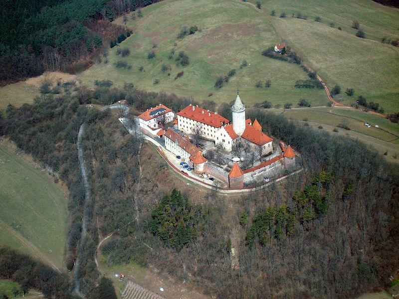 Die Leuchtenburg von oben. Foto: Wikipedia - Dr. Thomas Köhler/Jena