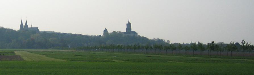 Die Silhouette der Klever Schwanenburg