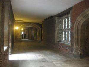 Hier soll es spuken: Der Korridor vor der Kapelle